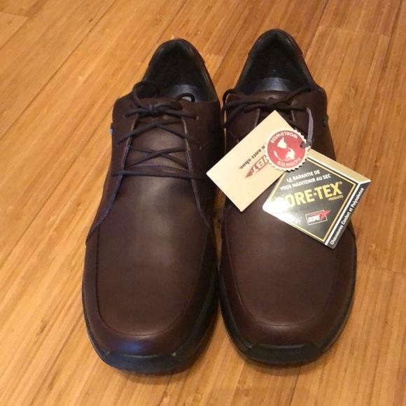 edb779eb28eb MBT Men s NWT Shuguli Brown Leather Shoes